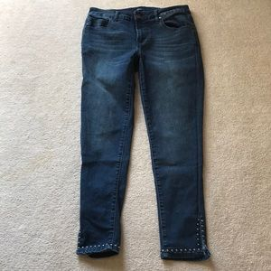 Reba size 6 slit crop jeans